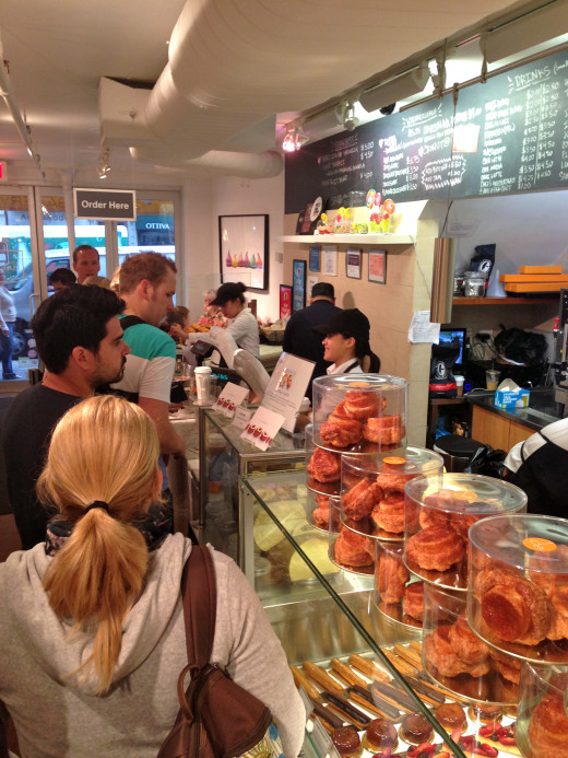 At this point I was finally inside the bakery, on line to pay and finally try a cronut.