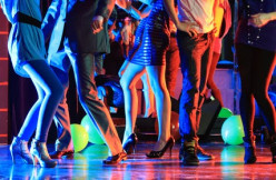 What to Expect at a Latin Night in a Nightclub/Bar and How to Dance Reggaeton with Your Girl/Boyfriend or By Yourself