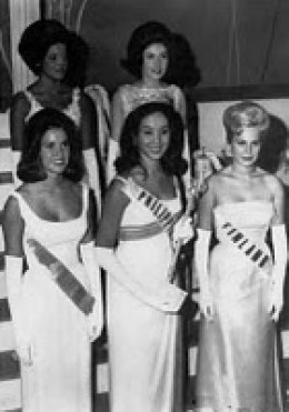Miss Gemma Cruz (front middle), the Philippines first world beauty pageant winner, 1964