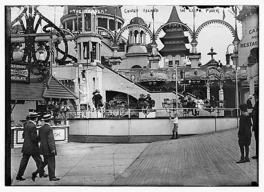 The Teaser, Luna Park, Coney Island; about 1910