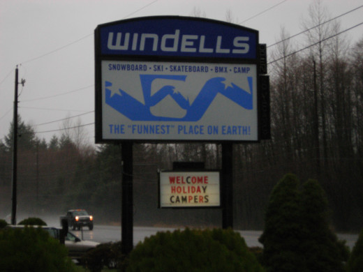 Windell's Snowboard Camp Welcome Sign