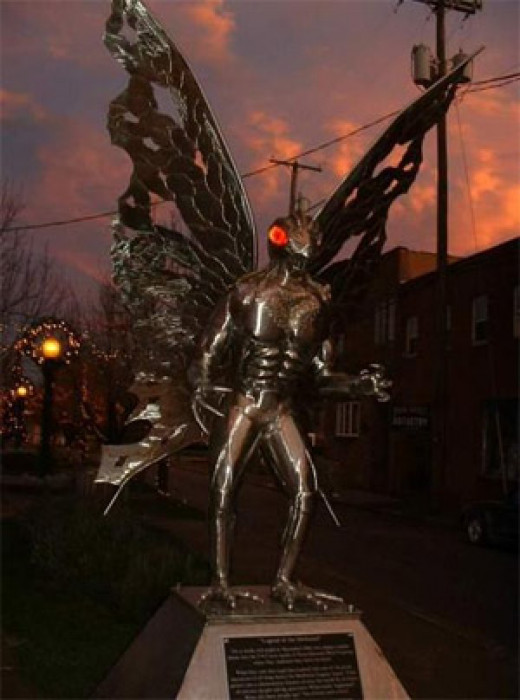 Mothman statue in Pt Pleasant WV