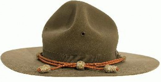 This latest hat was adopted in the early 1900s and was worn to varying degrees by all ranks and all branches of the Army up until 1942.