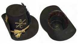 This hat became the official dress headgear of the US Army in 1858 and remained so, though was seldom worn, throughout the Civil War