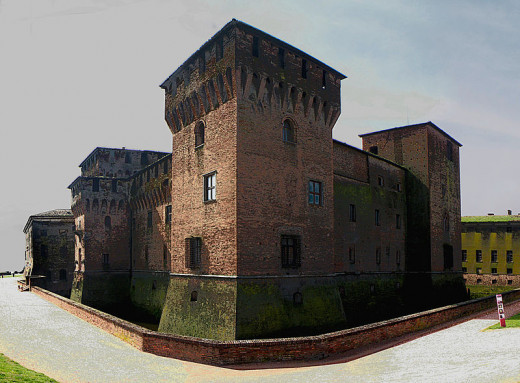 The Castle of San Giorgio (1406) is one of the first nucleous of the Palazzo Ducale. It was restructured by the florentine architect Luca Fancelli in 1459, for the Council hold by the pope Pius II.