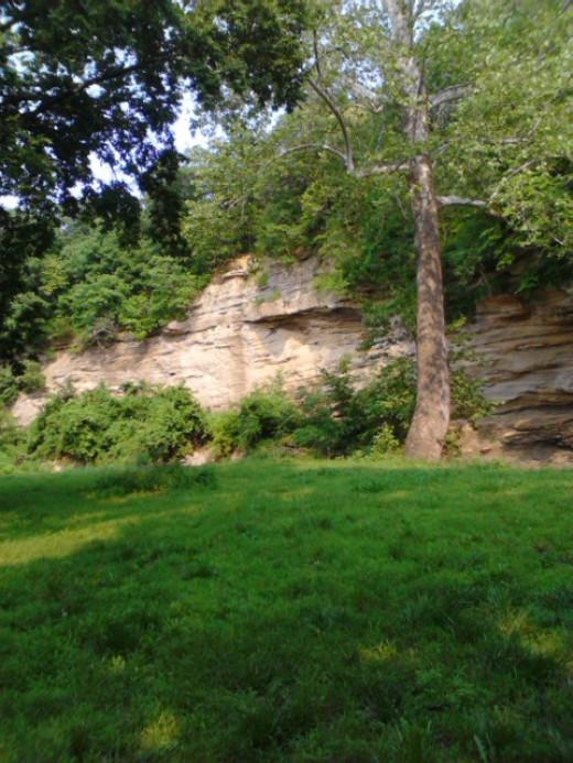 Echo Cliff in summer