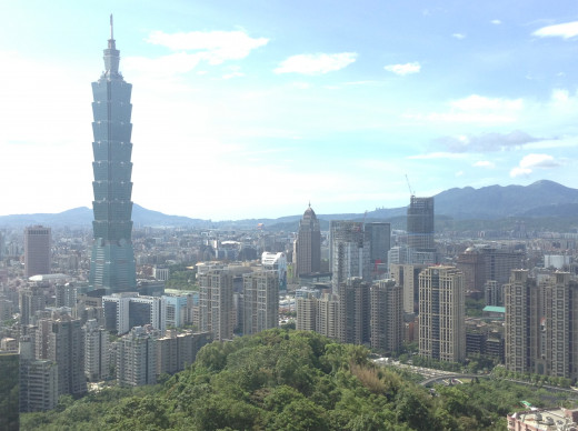 The view on Taipei 101 from Elephant mountain.