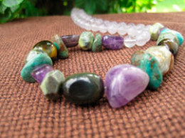 Gemstone beads suit natural colour combinations. Purple gemstone beads such as amethyst combine well in chunky styles.