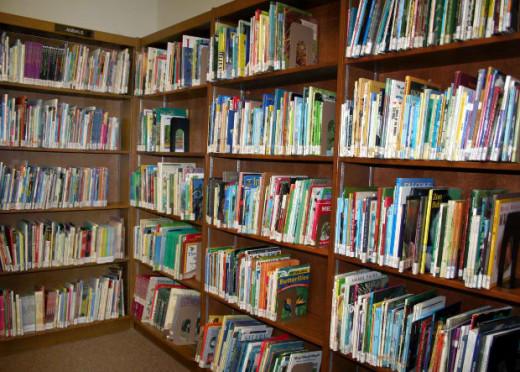 library via morgueFile