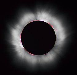 250px-Solar_eclipse_1999_4_NR.jpg