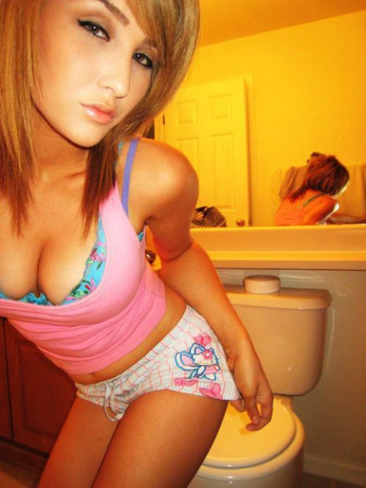 Sexy emo and scene girls gallery