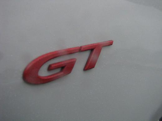 R8 GT badging