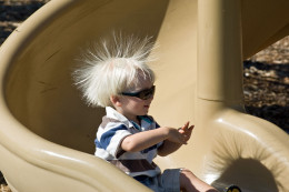 Great demonstration to teach kids about static electricity.--wikimedia commons