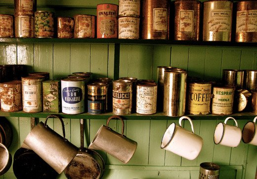 Old tin cans--wikimedia commons