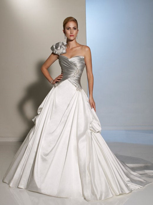 Modern two tone couture ball gown. 2013 Winter Collection