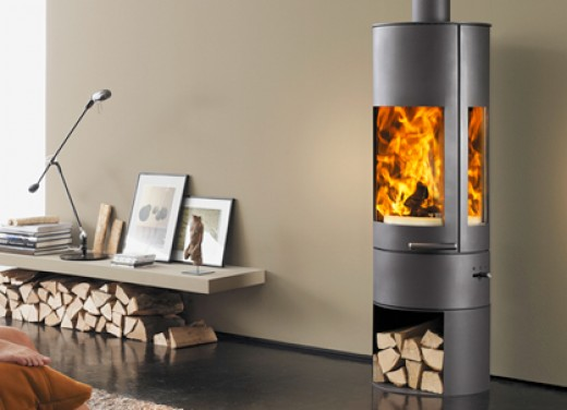 build fire in wood burning stove
