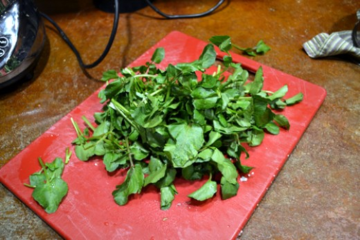 Watercress with about 2 inches of the lower stems removed.