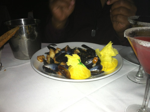 Image of Lemon & Garlic Steamed Mussels Is A Seafood Delight Accented With Well Seasoned Croutons