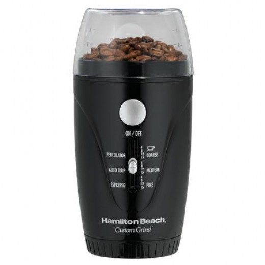 Features:•Hands-Free - Press Button and Let Go •Auto Shutoff •Fineness Control •Rich and Robust Flavor •Retractable Cord