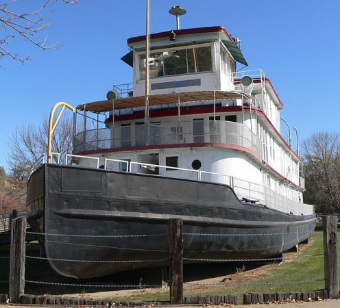 Sergeant Floyd River Museum and Welcome Center. Once used by the Army Corps of Engineers as a survey vessel and tug.