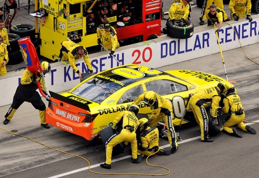 Kenseth's pit crew didn't do him any favors on Sunday but they weren't the only issue