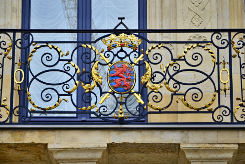 Luxembourg City - Coat of arms on the balcony of the Grand-Ducal Palace