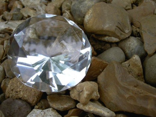 Many diamonds are clear. When they come in colors, however, they are called fancy colored diamonds.