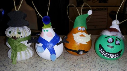 Gourd and sea urchin Christmas ornaments