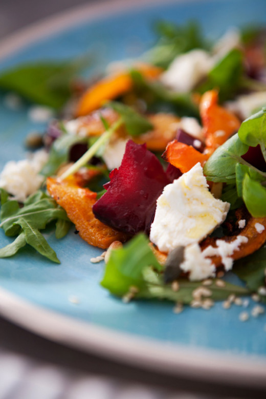 A good example of using simple plate colours to enhance the food.