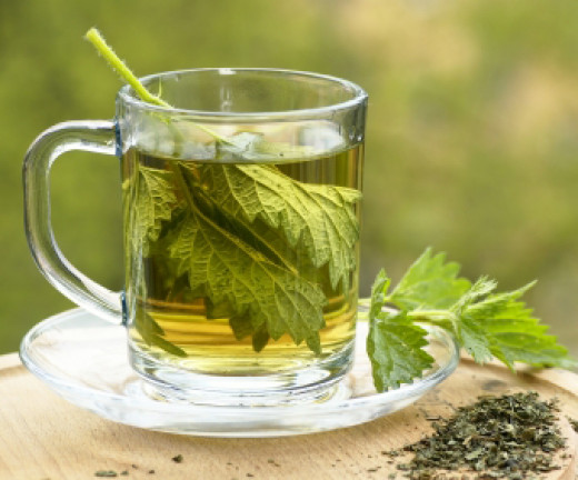 This is a picture of nettle leaf tea. This is on an article about 15 ways to make your life much nicer. It says that this helps allergies.