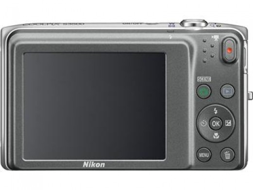 Nikon COOLPIX S3500 20.1 MP Digital Camera with 7x Zoom
