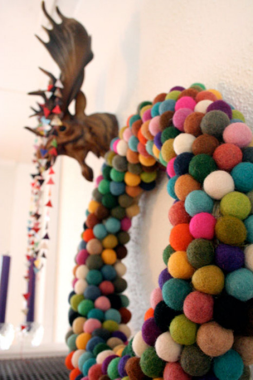 Felt Ball Wreath DIY