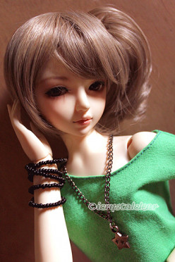 How to Choose Your First Ball-jointed Doll (bjd)