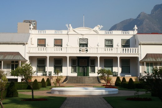 Tuynhuis (literally Garden House) opposite the Comapany's Gardens, residence of the President when in Cape Town