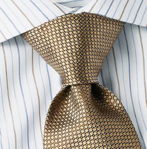 The Half-Windsor Knot