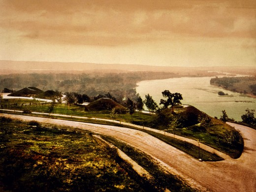 The Mississippi River, seen from Indian Mounds Park, 1898.