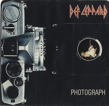 """Photograph"" single cover."