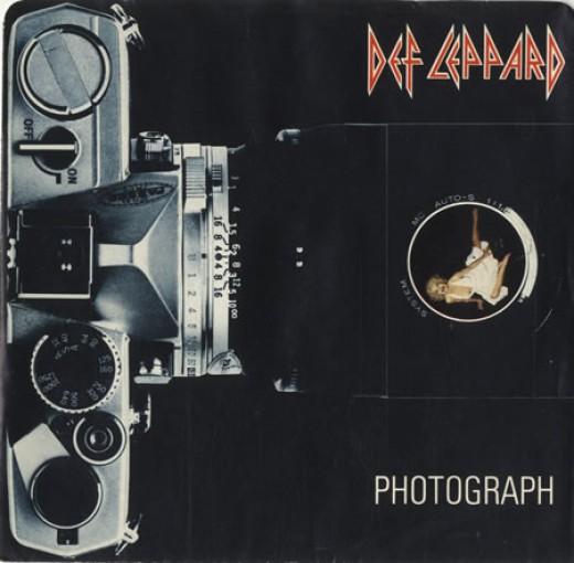 """Photograph"" single cover."