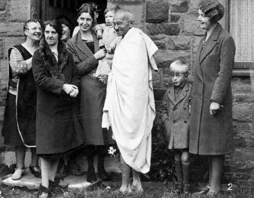 Gandhi with textile workers at Darwen, England. (1931)