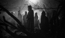One of the basic ingredients to a good horror movie is DARK atmosphere.  Darkness adds an evil & macabre ambience to horror movies.  It's that touch that puts the HORROR in horror movies.  The dark atmosphere makes the audience feel part of the movie