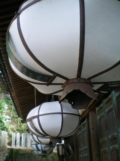 Lanterns in Nara © A Harrison