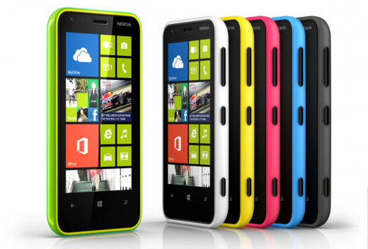 Nokia Lumia 620 available in white, yellow, pink, green, blue and black