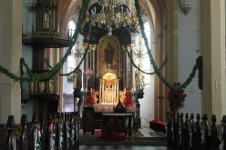 Decorating Your Church or Wedding Ceremony Site