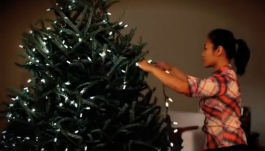 How to put lights on a Christmas tree? | HubPages