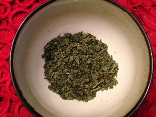 Blackberry leaf makes for a wonderful and healthy base ingredient to many tea blends.
