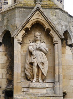 CONQUEST - 2: FAREWELL TO LEGEND  - Harold's Entombment At Waltham, Fact Or  Myth?