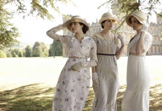 Ladies Sybil, Mary and Edith Crawley (Jessica Findlay, Michelle Dockery, and Laura Carmichael)