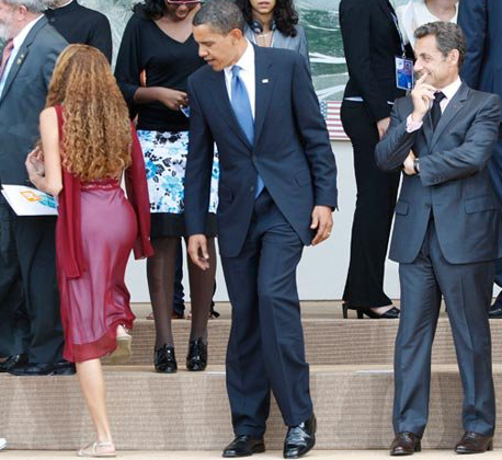 Now, unrelated, Obama has been caught before checking out the sights.