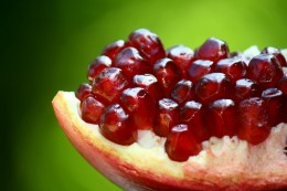 Pomegranates are hailed as a super food, and with good reason! They contain the highest antioxidant levels among fruits.