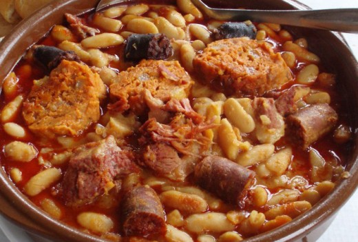 Beans with wild boar